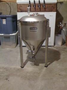 14.5 gallon Fermenator